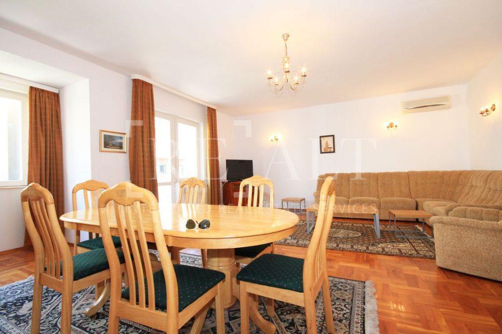 Inchiriere apartament 5 camere | Polona, Stefan cel Mare [ ID 128684 ]